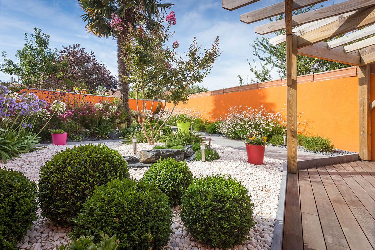 Entretien de jardin par un paysagiste en vend e id jardin for Entretien jardin